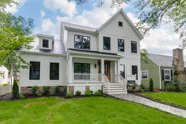 Stunning farmhouse exterior of beautiful home by Richmond Hill Design-Build