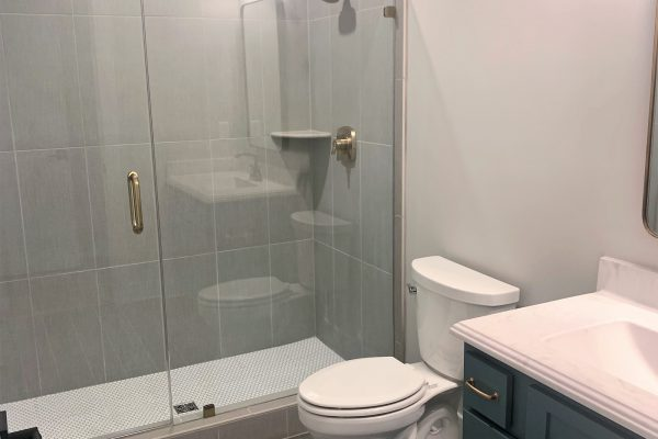 Secondary bathroom in new home built by Richmond Hill Design-Build